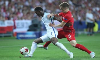 Demarai Gray playing for England Under 21